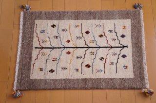 イラン・カシュガイ族の手作り絨毯 ギャッベ 91 x 63cm
