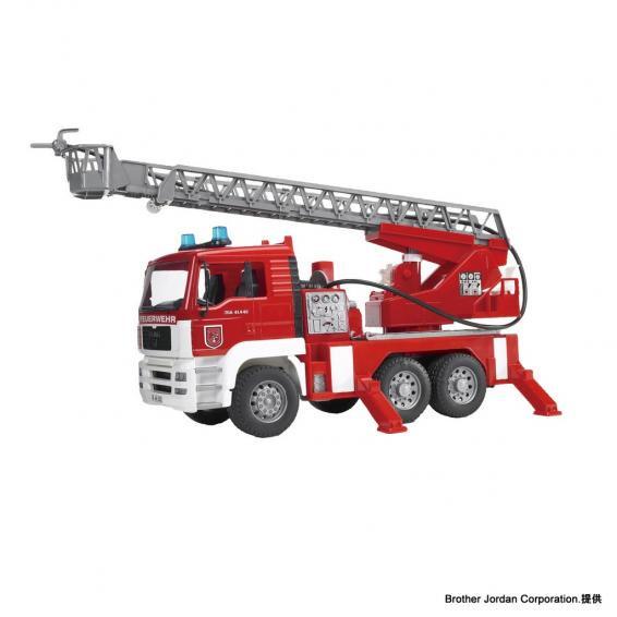 MAN消防車 BZ02771 サイエンス&テクノロジーを感じるおもちゃ