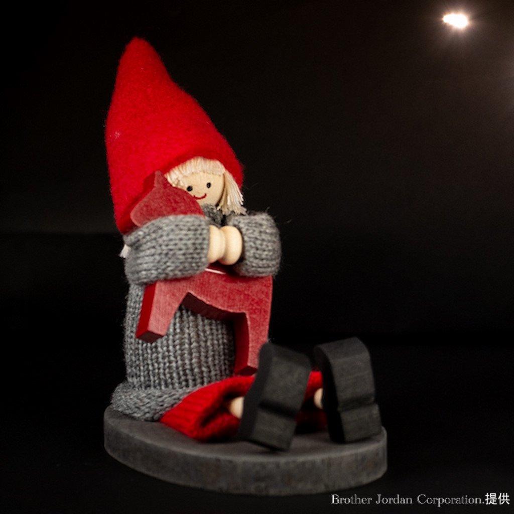 お座りニルス・トナカイ SP46463 伝統のクリスマス飾り・北欧の人形