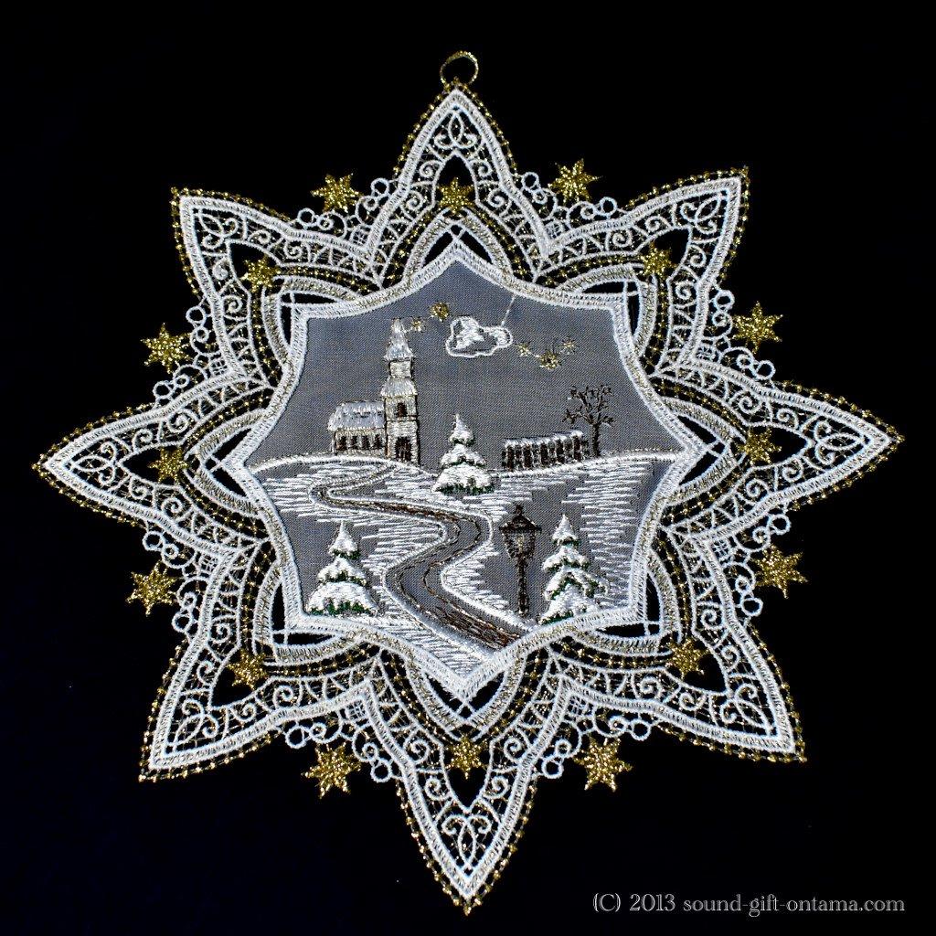 レースリース・星の教会 SA2783 伝統のクリスマス飾り・北欧の人形