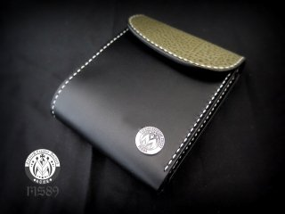 ROCK  on halfwallet flaptype with concho