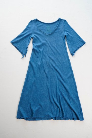 enishii|Vネックワンピース| ヘンプコットン|本藍染め|無地|中色|サイズXS