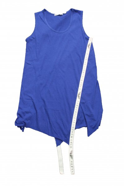 <img class='new_mark_img1' src='//img.shop-pro.jp/img/new/icons20.gif' style='border:none;display:inline;margin:0px;padding:0px;width:auto;' />SLIT TAPE TANK TOP(BLUE)