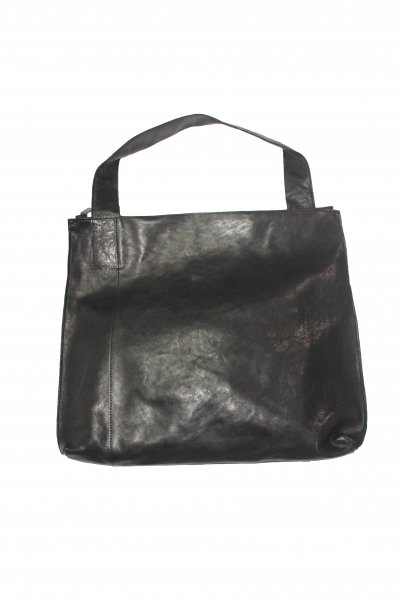 <img class='new_mark_img1' src='https://img.shop-pro.jp/img/new/icons2.gif' style='border:none;display:inline;margin:0px;padding:0px;width:auto;' />Leather shoulder bag 'simple'