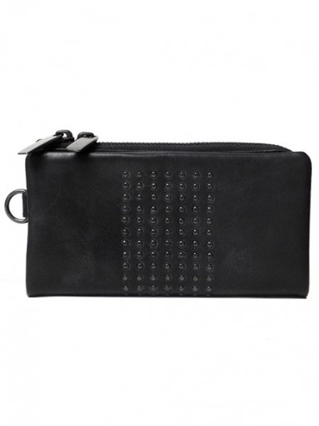 <img class='new_mark_img1' src='https://img.shop-pro.jp/img/new/icons2.gif' style='border:none;display:inline;margin:0px;padding:0px;width:auto;' />Leather long wallet 'center sutuds'