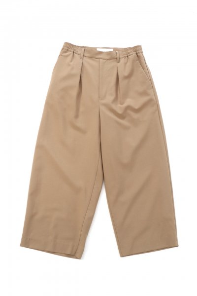 <img class='new_mark_img1' src='https://img.shop-pro.jp/img/new/icons2.gif' style='border:none;display:inline;margin:0px;padding:0px;width:auto;' />Easy slacks pants(BEIGE)