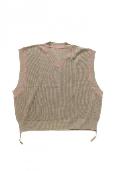 <img class='new_mark_img1' src='https://img.shop-pro.jp/img/new/icons2.gif' style='border:none;display:inline;margin:0px;padding:0px;width:auto;' />knit vest(GRY)