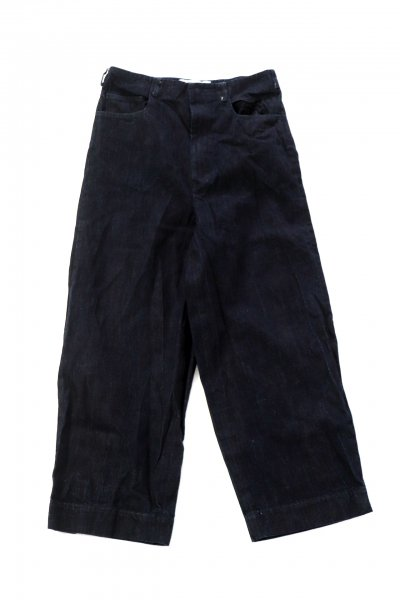 <img class='new_mark_img1' src='https://img.shop-pro.jp/img/new/icons2.gif' style='border:none;display:inline;margin:0px;padding:0px;width:auto;' />switching denim pants