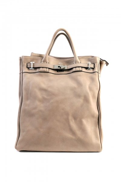 <img class='new_mark_img1' src='https://img.shop-pro.jp/img/new/icons2.gif' style='border:none;display:inline;margin:0px;padding:0px;width:auto;' />LEATHER BACK PACK(BEIGE)(BLACK)