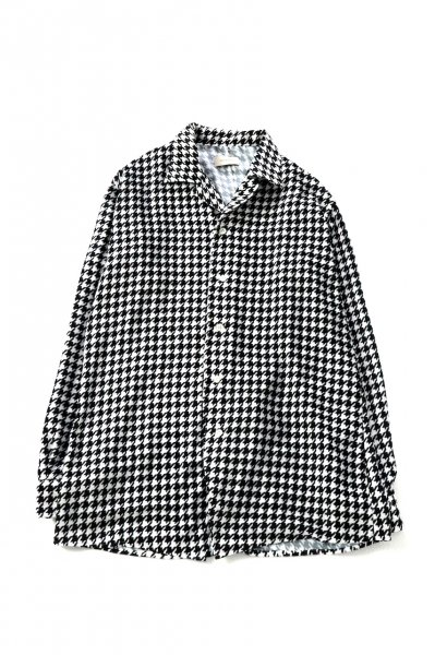 <img class='new_mark_img1' src='https://img.shop-pro.jp/img/new/icons2.gif' style='border:none;display:inline;margin:0px;padding:0px;width:auto;' />Velvet Open Collar Shirts