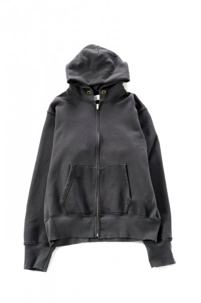 <img class='new_mark_img1' src='https://img.shop-pro.jp/img/new/icons2.gif' style='border:none;display:inline;margin:0px;padding:0px;width:auto;' />CROPPED ZIP HOODIE (VINTAGE BLACK)