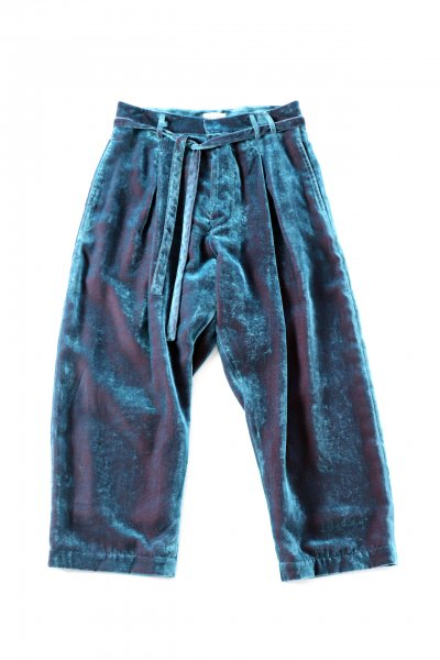 <img class='new_mark_img1' src='https://img.shop-pro.jp/img/new/icons20.gif' style='border:none;display:inline;margin:0px;padding:0px;width:auto;' />Velvet Cropped Pants