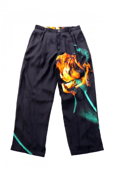<img class='new_mark_img1' src='https://img.shop-pro.jp/img/new/icons2.gif' style='border:none;display:inline;margin:0px;padding:0px;width:auto;' />SILK PANTS(BLACK)