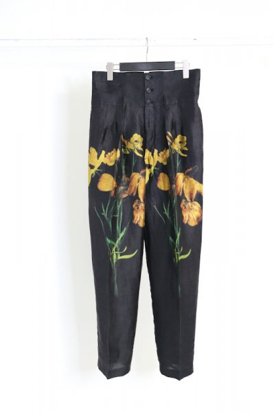 <img class='new_mark_img1' src='https://img.shop-pro.jp/img/new/icons2.gif' style='border:none;display:inline;margin:0px;padding:0px;width:auto;' />TUCK IN FLOWER TROUSERS