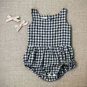 <img class='new_mark_img1' src='//img.shop-pro.jp/img/new/icons14.gif' style='border:none;display:inline;margin:0px;padding:0px;width:auto;' />SOOR PLOOM◇Lois Playsuit, Gingham (12-18m, 18-24m, 2-3y, 4-5y, 6-7y)