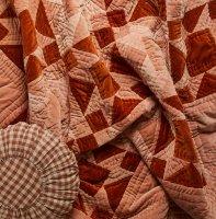 PROJEKTITYYNY◇ KANELI (Cinnamon) velvet patchwork quilt