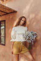 <img class='new_mark_img1' src='https://img.shop-pro.jp/img/new/icons14.gif' style='border:none;display:inline;margin:0px;padding:0px;width:auto;' />LiiLU◇ Bettina Smocked Blouse Woman, Summer Blossom, One Size