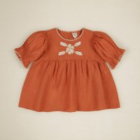 <img class='new_mark_img1' src='https://img.shop-pro.jp/img/new/icons14.gif' style='border:none;display:inline;margin:0px;padding:0px;width:auto;' />Apolina◇ 'ROSA' BLOUSE, POPPY (S,M,L,XL)