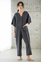 <img class='new_mark_img1' src='https://img.shop-pro.jp/img/new/icons14.gif' style='border:none;display:inline;margin:0px;padding:0px;width:auto;' />KiiRA◇SMOCKING JUMP SUIT, CHARCOAL GRAY