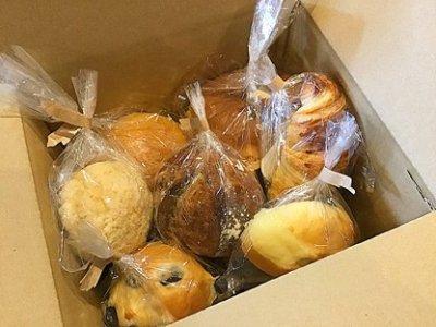 残ったパンのお買い得詰め合わせセット ー配送着日指定不可ー