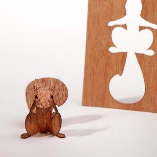木製ポストカード(リス)