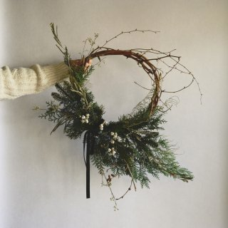 Winter Wreath L