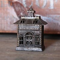 ANTIQUE CAST IRON PENNY BANK