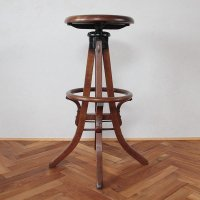 MILWAUKEE CHAIR CO. ANTIQUE DRAFTING STOOL