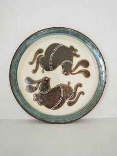 小島鉄平 7寸皿 ウサギ