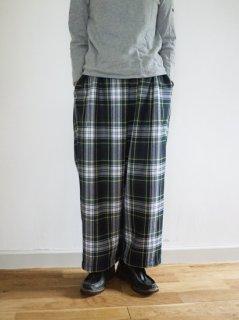 homspun(ホームスパン)小花プリント脇ポケットギャザースカート