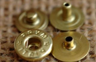 PRYM ITALY-ホック 約9mm カクシ