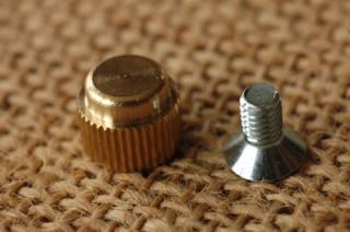 底鋲 真鍮無垢 日本製 4. 10x8mm