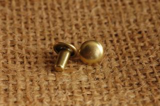 ベルギーリベット(小)頭7mm足7mmダブルキャップ_真鍮