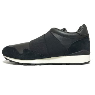 Reebok / CL LUX SLIP / Black×Chalk<img class='new_mark_img2' src='https://img.shop-pro.jp/img/new/icons41.gif' style='border:none;display:inline;margin:0px;padding:0px;width:auto;' />