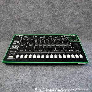 Roland TR-8<img class='new_mark_img2' src='//img.shop-pro.jp/img/new/icons39.gif' style='border:none;display:inline;margin:0px;padding:0px;width:auto;' />
