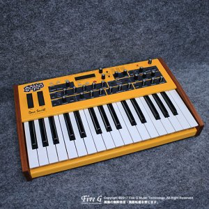 Dave Smith Instruments Mopho Keyboard【B級品処分特価!】<img class='new_mark_img2' src='//img.shop-pro.jp/img/new/icons20.gif' style='border:none;display:inline;margin:0px;padding:0px;width:auto;' />