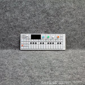 Teenage Engineering | OP-1【中古】<img class='new_mark_img2' src='//img.shop-pro.jp/img/new/icons7.gif' style='border:none;display:inline;margin:0px;padding:0px;width:auto;' />