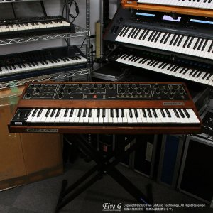 Sequential Circuits | Prophet-5 Rev3.3 MIDI 120PGM【中古】