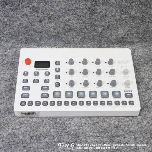 Elektron | Model:Samples【中古】<img class='new_mark_img2' src='https://img.shop-pro.jp/img/new/icons7.gif' style='border:none;display:inline;margin:0px;padding:0px;width:auto;' />