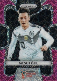 2018 Prizm World Cup Pink Lazer Parallel Base Mesut Ozil 【40枚限定】 / MINT池袋店 デットーリ様