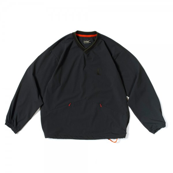 <img class='new_mark_img1' src='https://img.shop-pro.jp/img/new/icons31.gif' style='border:none;display:inline;margin:0px;padding:0px;width:auto;' />NYLON PULLOVER