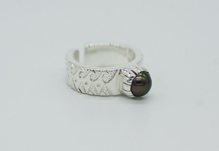 HANAUMA Te ora Pearl Ring 8mm
