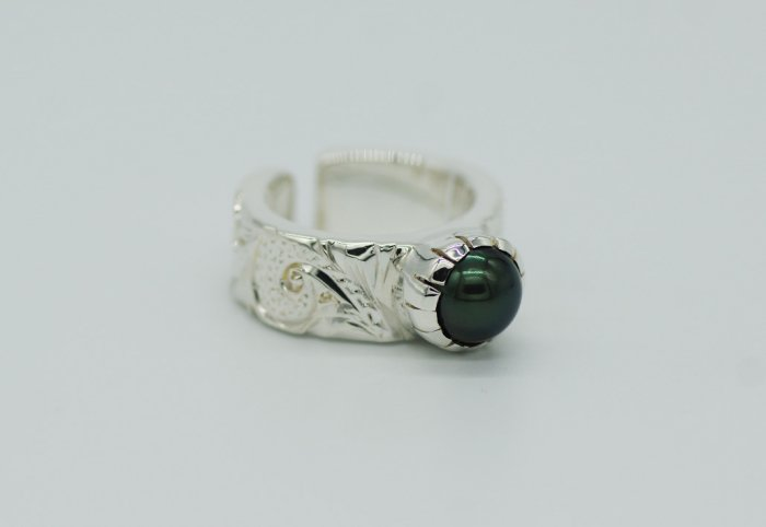 HANAUMA Scroll Pearl Ring 8mm