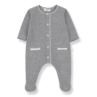 <b>1+in the family</b></br>20ss ESCALA jumpsuit w/feet<br>blue notte<img class='new_mark_img2' src='https://img.shop-pro.jp/img/new/icons1.gif' style='border:none;display:inline;margin:0px;padding:0px;width:auto;' />
