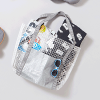 <b>THE PARK SHOP</b></br>20ss POOLBOY TOTEBAG<img class='new_mark_img2' src='https://img.shop-pro.jp/img/new/icons1.gif' style='border:none;display:inline;margin:0px;padding:0px;width:auto;' />