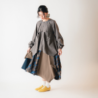 <b>nunuforme</b><br>20aw ミックススカート<br>Brown<img class='new_mark_img2' src='https://img.shop-pro.jp/img/new/icons1.gif' style='border:none;display:inline;margin:0px;padding:0px;width:auto;' />