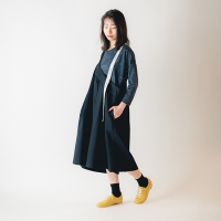 <b>nunuforme</b><br>20aw ワンサイドテープサロペット<br>Black<img class='new_mark_img2' src='https://img.shop-pro.jp/img/new/icons1.gif' style='border:none;display:inline;margin:0px;padding:0px;width:auto;' />