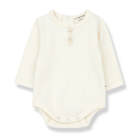 <b>1+in the family</b></br>20aw LOANE body<br>ecru<img class='new_mark_img2' src='https://img.shop-pro.jp/img/new/icons1.gif' style='border:none;display:inline;margin:0px;padding:0px;width:auto;' />