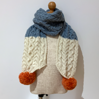 <b>ARAN WOOLLEN MILLS</b></br>20aw Scarf<br>Gray×White<img class='new_mark_img2' src='https://img.shop-pro.jp/img/new/icons1.gif' style='border:none;display:inline;margin:0px;padding:0px;width:auto;' />