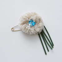<b>eLfinFolk</b></br>21ss flower corsage<br>natural<img class='new_mark_img2' src='https://img.shop-pro.jp/img/new/icons1.gif' style='border:none;display:inline;margin:0px;padding:0px;width:auto;' />
